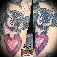 Tattoo Needles and Pins Piercing Shop, Piercing Studio, Body Piercing, Tattoo Studio, Tattoo Needles, Professional Tattoo, Tattoos, Tatuajes, Tattoo