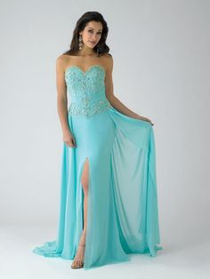 elsa frozen prom dress. Hey LiLi can make this for me. ;-)