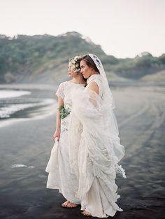 Spectacular Entertaining Events| Serafini Amelia| Wedding Styling-Wedding Dress-Magnolia Rouge Issue 5 Cover Shoot with Erich McVey | magnolia rouge