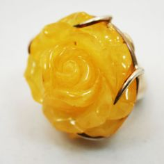 Items similar to Baltic Amber Flower Ring on Etsy Polish Folk Art, Baltic Amber Jewelry, Amber Ring, Unique Jewelry, Rings, Flowers, Etsy, Food, Ring