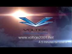 Saut en parachute Voltige 2001, Guillaume Lemay Thivierge vous attend pour un saut en tandem.
