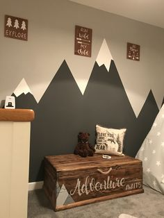 My boys room mountains for my Everest - baby room decoration - Kids Playroom Baby Boy Rooms, Baby Bedroom, Baby Room Decor, Baby Boy Nurseries, Nursery Room, Nursery Decor, Baby Room Ideas For Boys, Boys Room Paint Ideas, Little Boys Rooms