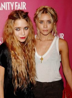 Mary Kate and Ashley, my favorite twins <3