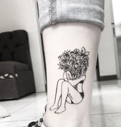 #cute #flowers #tattoo #aesthetic #blackandwhite Tattoo by @giasolist