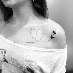 Tatuagem feita por @val_tattoo!  Olha essa tattoo que coisa mais fofa  #love…