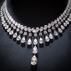 Pear of the day is this magnificent diamond necklace by @koohejij #diamondnecklacejournal #Jewelryjournal ❤️✨✨