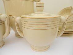 Porcelaine de Limoges Art déco crème et or par levieuxmoulinantique