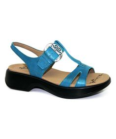 Teal Magpie Leather Sandal T Strap Sandals c577e21ba0