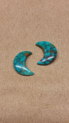 Pilot Mountain Turquoise Crescent Moon Cabochon Pair/ backed by SaiyoStoneJewelry on Etsy