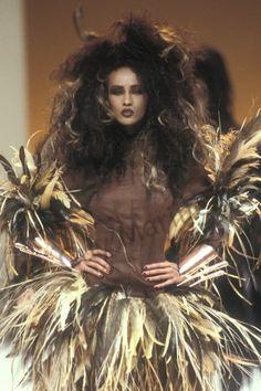 career as a fashion photographer. Thierry Mugler, Bowie, Supermodel Iman, Black Models, Supermodels, Wonder Woman, Superhero, Guys, People