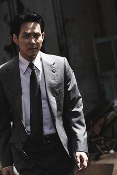 이자성 Lee Jung, Jung Woo, Lee Byung Hun, Le Male, Mens Suits, Kdrama, Suit Jacket, Mens Fashion, Actors