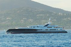72m Feadship 'Predator' not to everyones liking but just the bow does it for me. A 25 knot top end from four MTU engines, crew of 18 and 4 suites for owner/guests this 2008 Bannenberg & Rowell design displacement yacht is most definitely, notable by design.