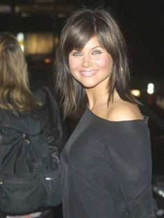 short haircut with bangs tiffani thiessen style book tiffani thiessen 9835 | ce63d514f9835ab1d5e7015aee215e3b