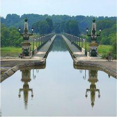 Pont canal de Briare - France  #chambre d'hotes  #chateauneuf sur Loire #Loiret