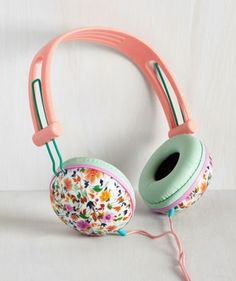 Dreamy, pastel headphones to zone out with in the park.