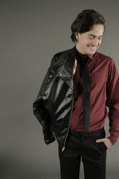 Leather jacket and wine shirt. Gehemnis collection by Dafhtne Paz
