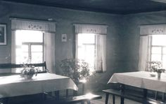 Lottakanttiini Petäjä / Viihtyisin Lottakanttiini kilpailun kuvasatoa vuodelta 1944.  #lottamuseo#lotta svard#lottakanttiini#sisustus