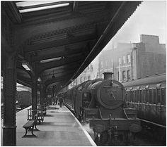 Vintage London, Old London, East End London, Hachiko, Steam Railway, Steam Engine, Steam Locomotive, Train Station, Pjs