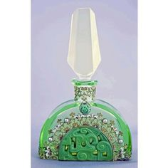 Art Deco Perfume Bottle. @Deidra Brocké Wallace  ~~ For more:  - ✯ http://www.pinterest.com/PinFantasy/curioso-~-perfume-frascos-bottles/