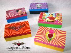 """cajas con imagenes mexicanas de Frida Kahlo y el Sagrado corazón  #wajirodream las mejores artesanias mexicanas en www.wajirodream.com """" Ningún sueño es imposible, todos se pueden alcanzar """""""