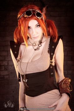 Steampunk.de Fashion by Marco Ribbe - model: Sina Domino Collins - outfit: steampunk.de