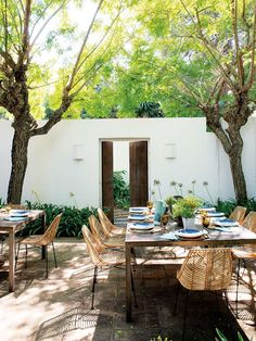 In Cádiz, Spain, is located the holiday home of the interior designer Belén Domecq