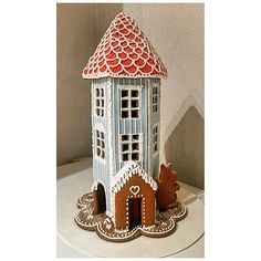 Muumi-piparitalo  #moomin #gingerhouse #yummy #muumit #muumi #gingerbread #gingerbreadhouse #itsetehty #tykkään #mukavaa #piparitalo #moomi #cookie #cookiehouse