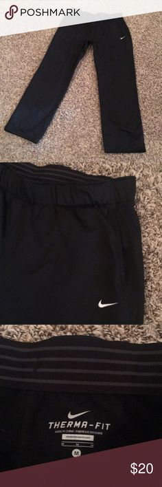 Nike Thermafit pants Comfortable Nike pants; thermafit. Perfect for the winter ✨ barely worn. Smoke free/pet free home. Nike Pants Track Pants & Joggers
