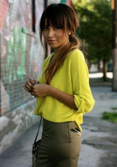 love the color combo.  chartreuse and olive