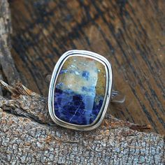 Hey, I found this really awesome Etsy listing at https://www.etsy.com/listing/253033746/aaa-sodalite-gemstone-ringsterling