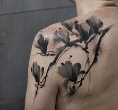 - 70 Awesome Shoulder Tattoos  <3 <3