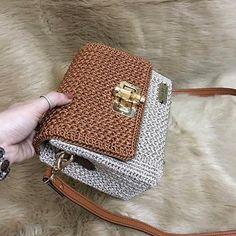 Ganchillo hecho a mano hermoso bolso de satchel regalo para