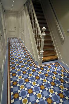 Winckelmans Brighton Victorian-style tiles in Amsterdam. Style Tile, Hallway Tiles Floor, Tiles, Victorian Hallway, New Homes, Vintage Tile, Flooring, Dream Rooms, Vintage Tile Floor
