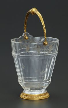A FRENCH ROCK CRYSTAL BUCKET WITH GOLD MOUNTS. Maker Unknown, France, 18th Century