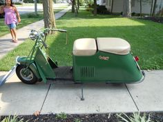 I saw this Cushman while on the 127 Garage Sale in 2010 - selling for $2500.  Should have bought it!!!