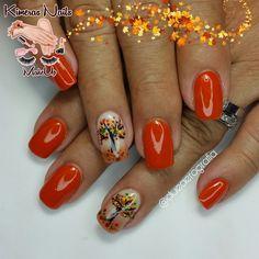Diseño de salón 😍💅🤘💄👑 @dueaerografia @zonatrendymk #kimerasnails #dueaerografia #nails #uñas #acrylicnails #nude #nailartist #sculturenails #prettynails #naturalnails #glitter #acrilicodecolor #naildesign #glitternails #coffinnails #ballarinanails  #stilettonails #coffinshape  #artlover #weddingnails #nailpro #manoalzada #onestroke #nailart #artpaint #flower