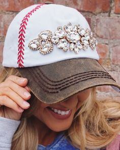 This sparklycrystal baseball cap in rose gold is seriously a must-have this year. Baseball Crafts, Baseball Tees, Crystal Embroidery, Embroidered Baseball Caps, Southern Style, Dark Brown, Captain Hat, Sporty, Pairs