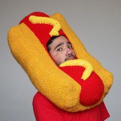Il devient célèbre sur Instagram grâce à des bonnets tricotés food !