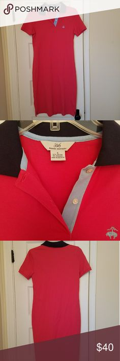{Brooks Brothers} Coral Polo Dress Excellent Excellent condition. Size small. Brooks Brothers Coral with navy blue collar polo dress. Perfect for spring and summer. 17 in armpit to armpit. 37 in Long. No stains. No pilling. No signs of wear. Brooks Brothers Dresses Midi