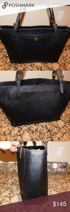 """Tory Burch Large York Buckle Tote Black Saffiano Price is firm...Excellent condition no flaws found Open-top closure. Adjustable handles. Padded central zip compartment; interior zip, wall and cell-phone pockets. Partial logo-print lining. Height: 11"""" (28 cm) Length: 15"""" (37 cm) Depth: 6"""" (17 cm) Tory Burch Bags Totes"""