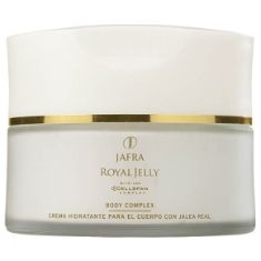 JAFRA Royal Jelly Body Complex - Formulated with Cellspan Complex it is a rich, emollient body cream that helps provide luxurious hydration to leave your skin soft, silky and moisturized for 24 hours.