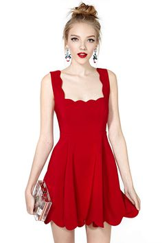 Red Sleeveless Backless Pocket Pleated Dress