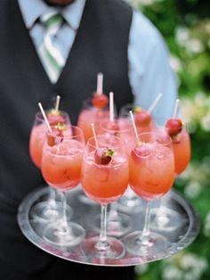 ways to serve fruit at your wedding! i love fruit!!