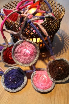 guirlande lumineuse 20 lucioles 'Gidget' custom par hooknhula Hula, Crochet Earrings, Couture, Etsy, Fireflies, Garlands, Light Garland, Unique Jewelry, Tricot