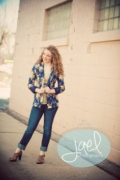 Senior Portraits. South Dakota. Jael Studios.