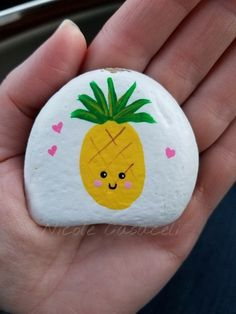 14 Most Adorable Painted Rocks Ideas and Crafts For Kids & Adults These are the absolute most adorable painted rocks! If you love the painted rock trend you are going to love these fun ideas. Rock Painting Patterns, Rock Painting Ideas Easy, Rock Painting Designs, Paint Designs, Rock Painting Ideas For Kids, Painting Rocks For Garden, Painting Crafts Kids, Cute Easy Paintings, Pebble Painting