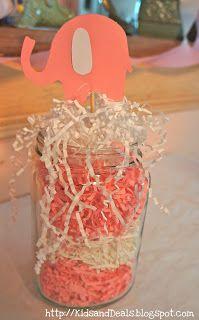 Baby Shower Elephant Centerpieces Center Pieces Ideas For 2019 Grey Baby Shower, Baby Shower Table, Baby Shower Winter, Baby Shower Fun, Baby Shower Gender Reveal, Baby Shower Favors, Baby Shower Cakes, Baby Shower Themes, Shower Ideas