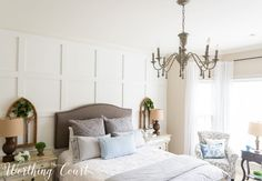 Easy diy vintage chandelier makeover with paint and wood beads Chandelier Makeover, Diy Chandelier, Vintage Chandelier, Chandeliers, French Country Bedrooms, French Country Decorating, Large Family Rooms, Diy Home Decor Bedroom, Diy On A Budget