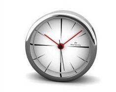 Uhrenwecker von Oliver Hemming in ganz dezentem Design, H80S62W