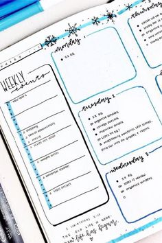 Best January Weekly Spread Ideas For 2020 - Crazy Laura - - The beginning of the new year is the perfect time to switch up your bullet journal layouts! Check out these January weekly spread ideas for inspiration! January Bullet Journal, Bullet Journal Books, Bullet Journal Themes, Bullet Journal Spread, Bullet Journal Inspiration, Bullet Journal Reflection, Bullet Journal Ideas For Students, Bujo, Bullet Journal Layout Templates
